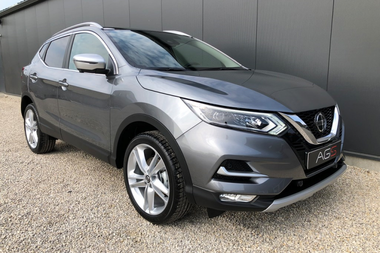 Nissan Qashqai N-Motion Dark Metal Grey
